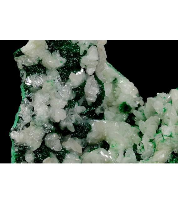 Cerussite Malachite -   PalabandaM'fouati District, Bouenza Department, Republic of the Congo