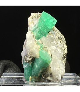 Emerald with pyrite, Muzo , Colombia