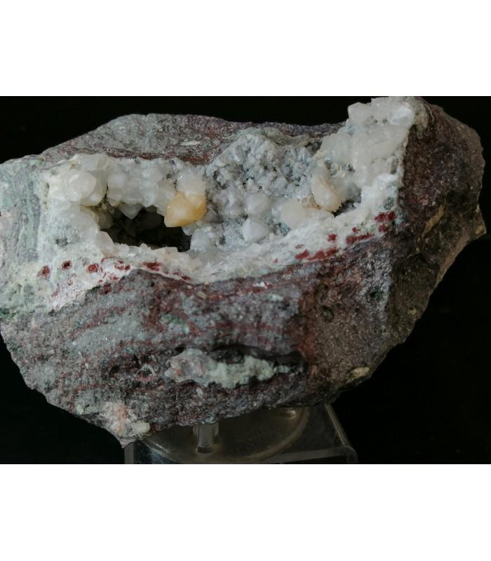 Chabasite var phacolite - Su marralzu area Osilo Italy
