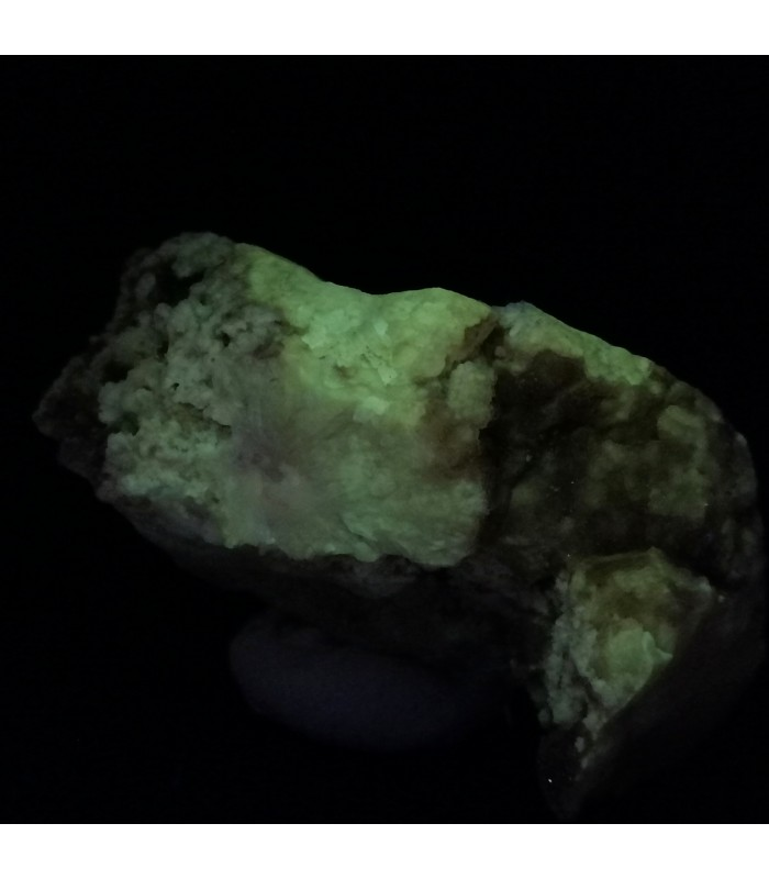 Fluorescent Quartz -  La Sassa, Montecatini Val di Cecina, Pisa Province, Tuscany, Italy