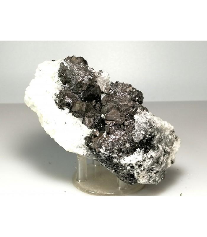 Magnetite su dolomite    - Brosso Ivrea Italy