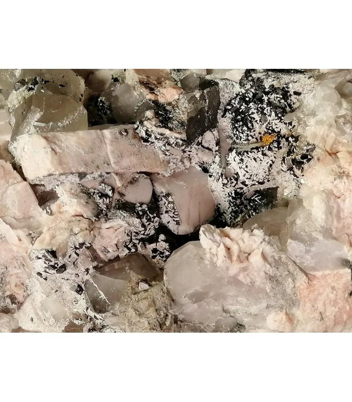 Bavenite Ortoclasio -  Cava Oltrefiume Baveno Italy