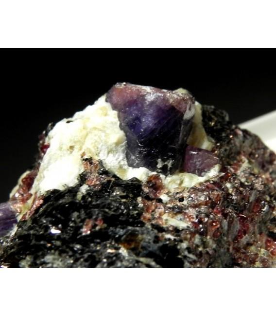 Corundum Var:Sapphire-  Zazafotsy Quarry, Zazafotsy Commune, Ihosy District,Madagascar